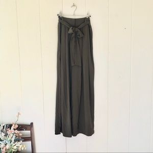 💚 Army Green Palazzo Pant with Tie Bow Waist 💚